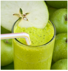 Cinnamon Apple and Lettuce Smoothie
