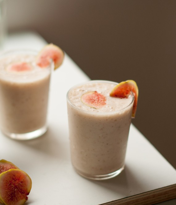 Fig Plum and Yogurt Shake