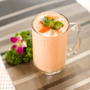 Papaya Fennel and Yogurt Smoothie