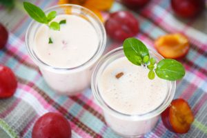 Plum Banana Almond Yogurt Shake Recipe