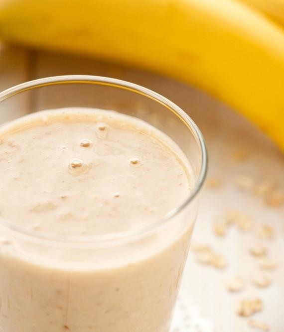 Easy Banana Soy Yogurt and Oat Smoothie