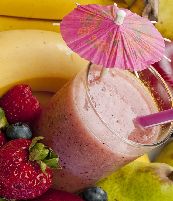 Low Fat Pear Banana and Strawberry Smoothie