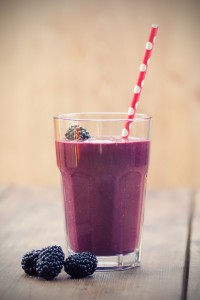 Easy Blackberry Almond and Banana Shake with Flaxseeds Recipe
