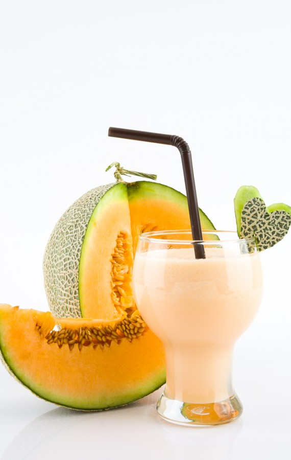 Easy Rockmelon Soya and Flax Smoothie