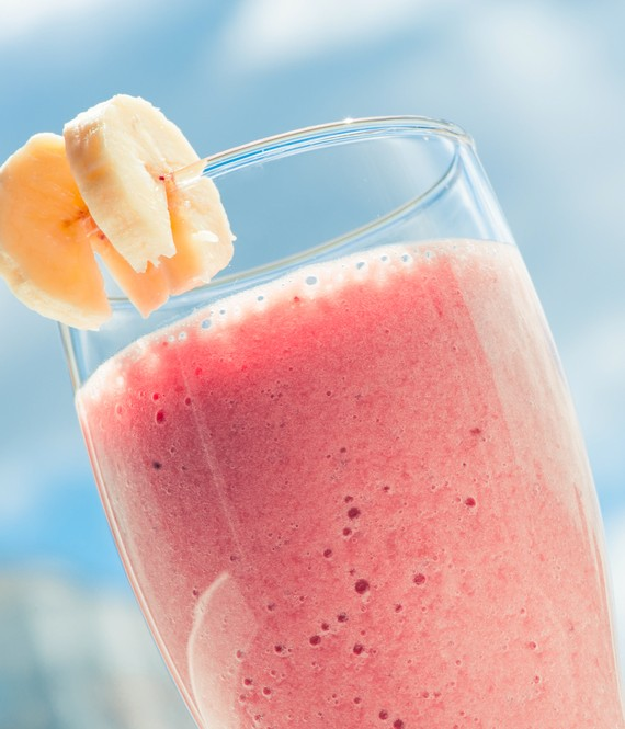 how to make an easy strawberry smoothie